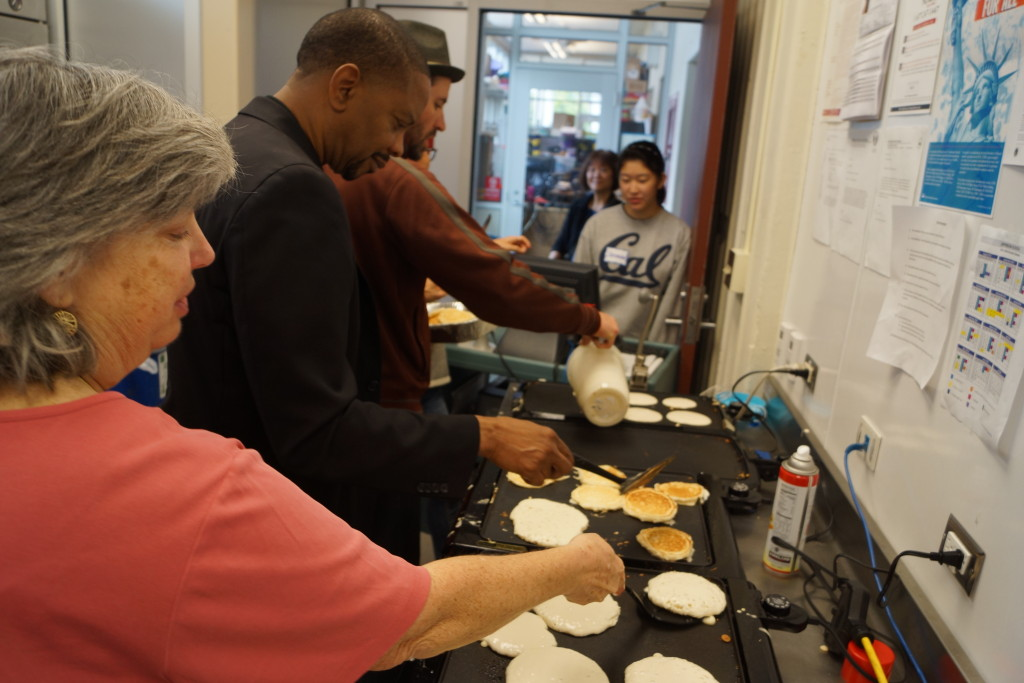 Superintendent Evans Worked with Volunteers in the Kitchen