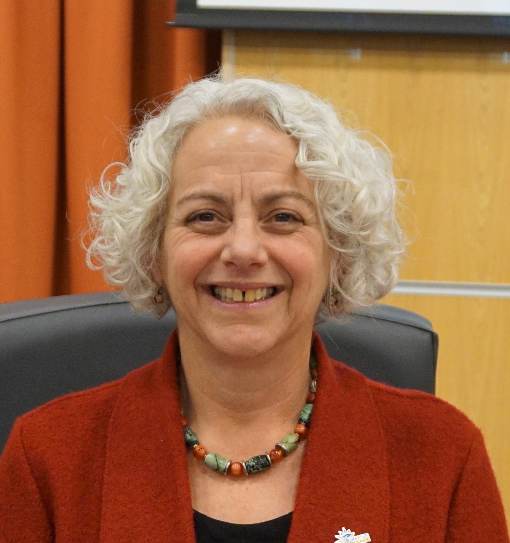 Julie Sinai